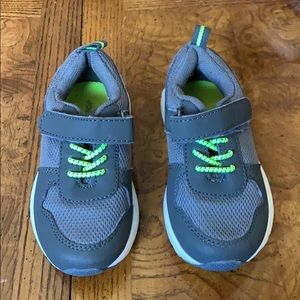 Little Boys Sneakers- Joe Fresh Size 6
